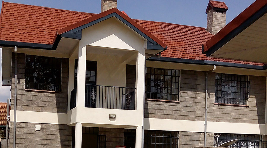 Paragon Property Valuers Consultants: 4 bedroom maisonette